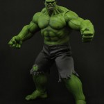 Hot Toys Avengers movie Incredible Hulk action figure