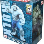 avengers-marvel-now-grey-hulk-artfx-statue-sdcc-exclusive-3